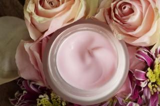cosmetics-4361044_960_720
